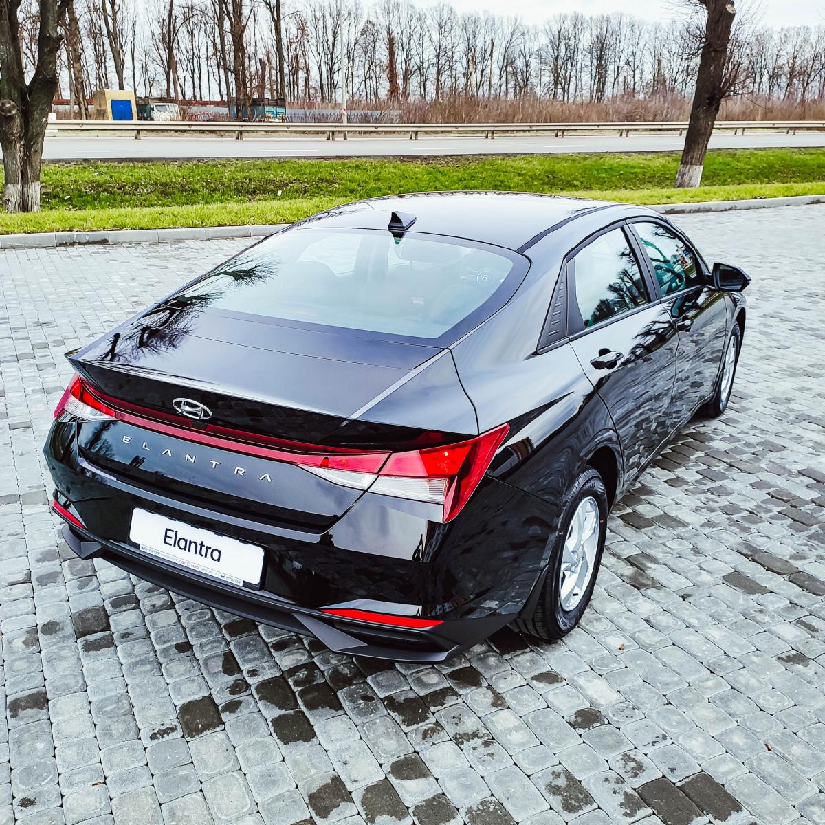 Поставте під сумніви старі правила разом з Hyundai New Elantra!   Хюндай Мотор Україна - фото 17